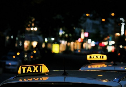 Taxi naar ADE